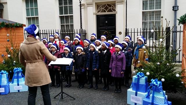 Small Business Saturday 2014 Carols outside 11 Downing Street