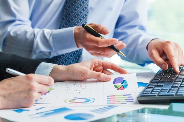 the-importance-of-using-your-small-business-accounts-for-planning